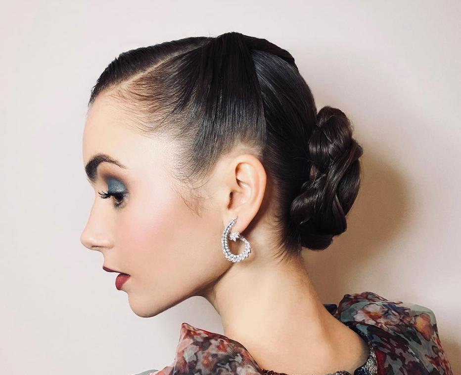 30 Modern Ways To Wear 50s Hair