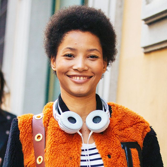 Best beauty podcasts: Lineisy Montero with headphones