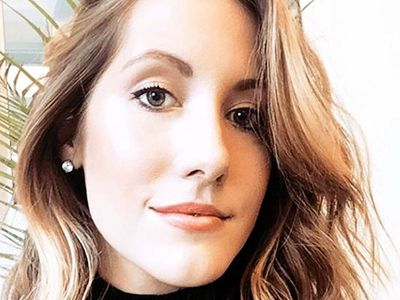 Writer Lindsey Metrus