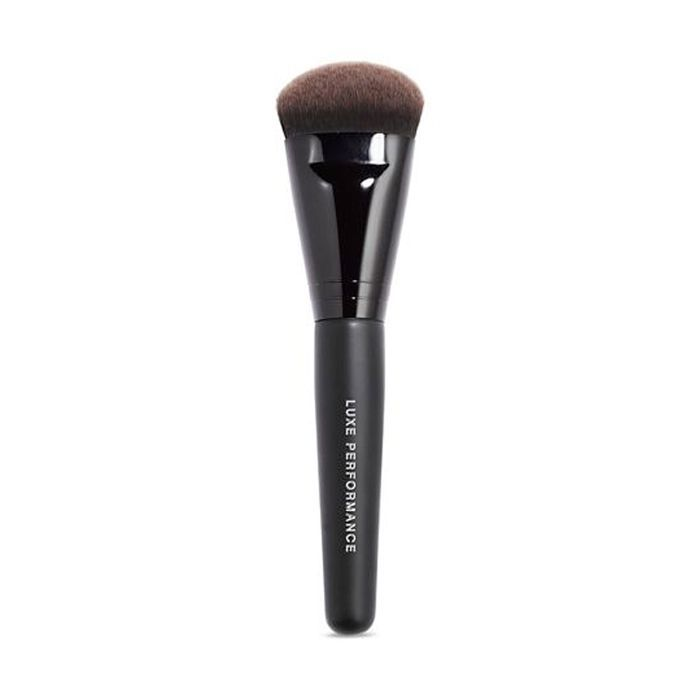 best makeup brushes: Bare Minerals Luxe Performance Brush