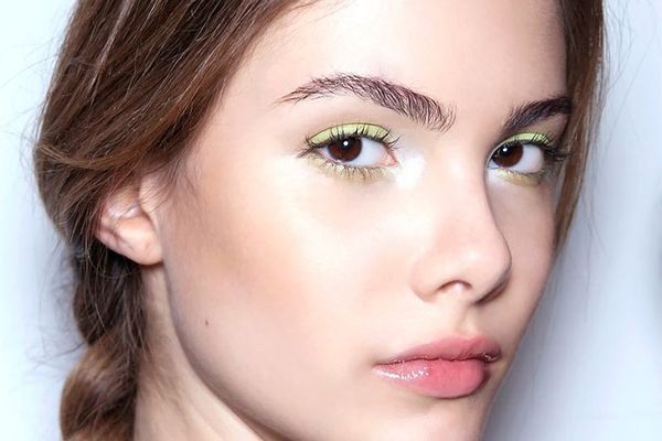 10 Easy Makeup Application Tips From Makeup Artists