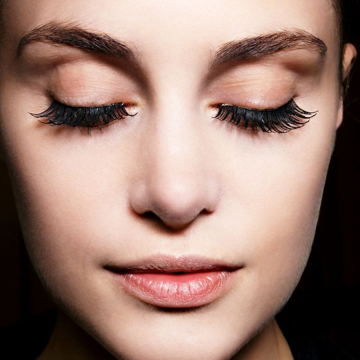a0ab39c4c3b 7 Ways to Make Your Lash Extensions Last Longer