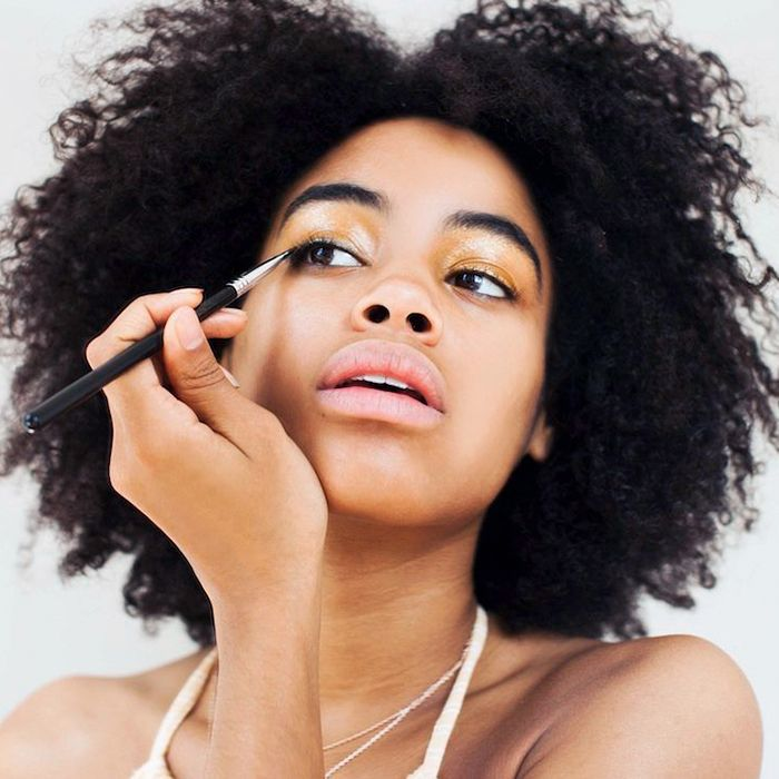10 Bad Makeup Habits Preventing You From Reaching Your Potential