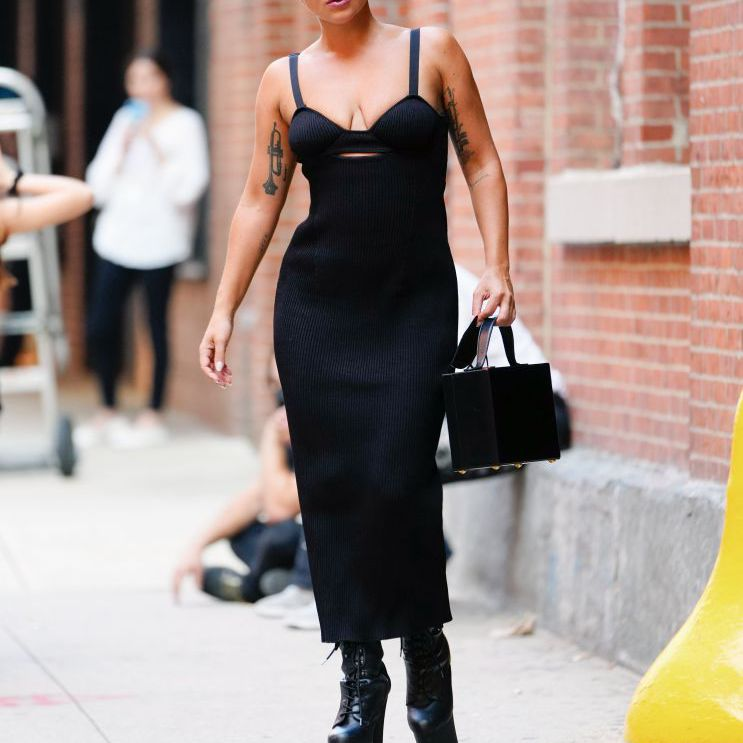 Lady Gaga Outfits Black Dress