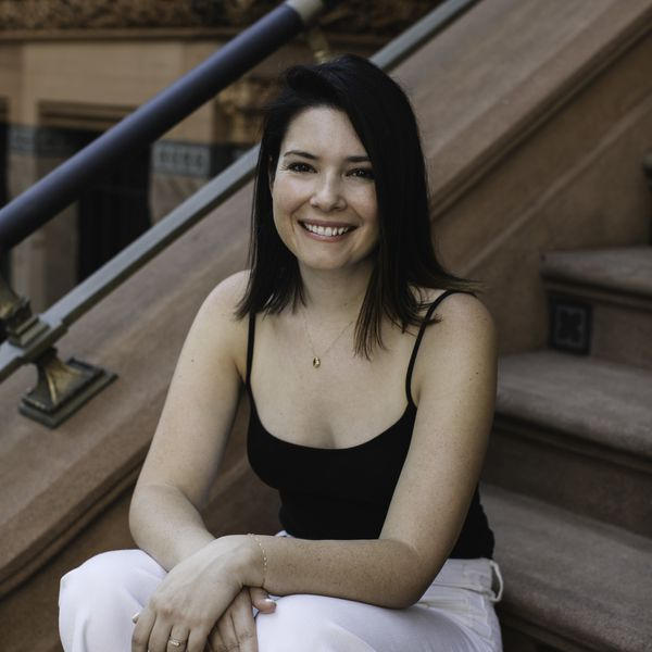 Leigh Weingus Author
