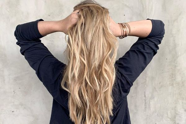 9 of the Best Temporary Hair Color Products for Light to