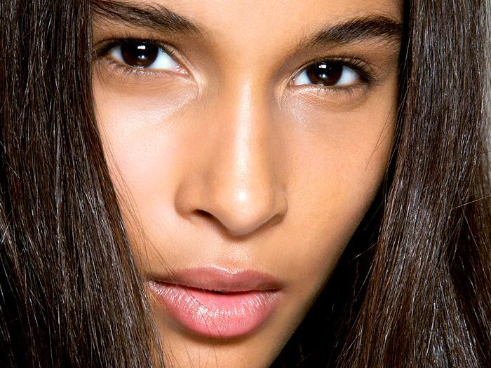 How To Use Honey For Clear Skin