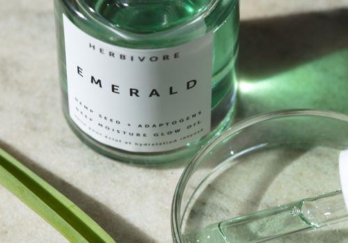 hemp oil bottle and dropper