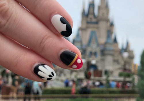 disney nails at magic kingdom