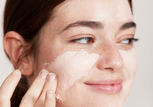 Calamine lotion for acne