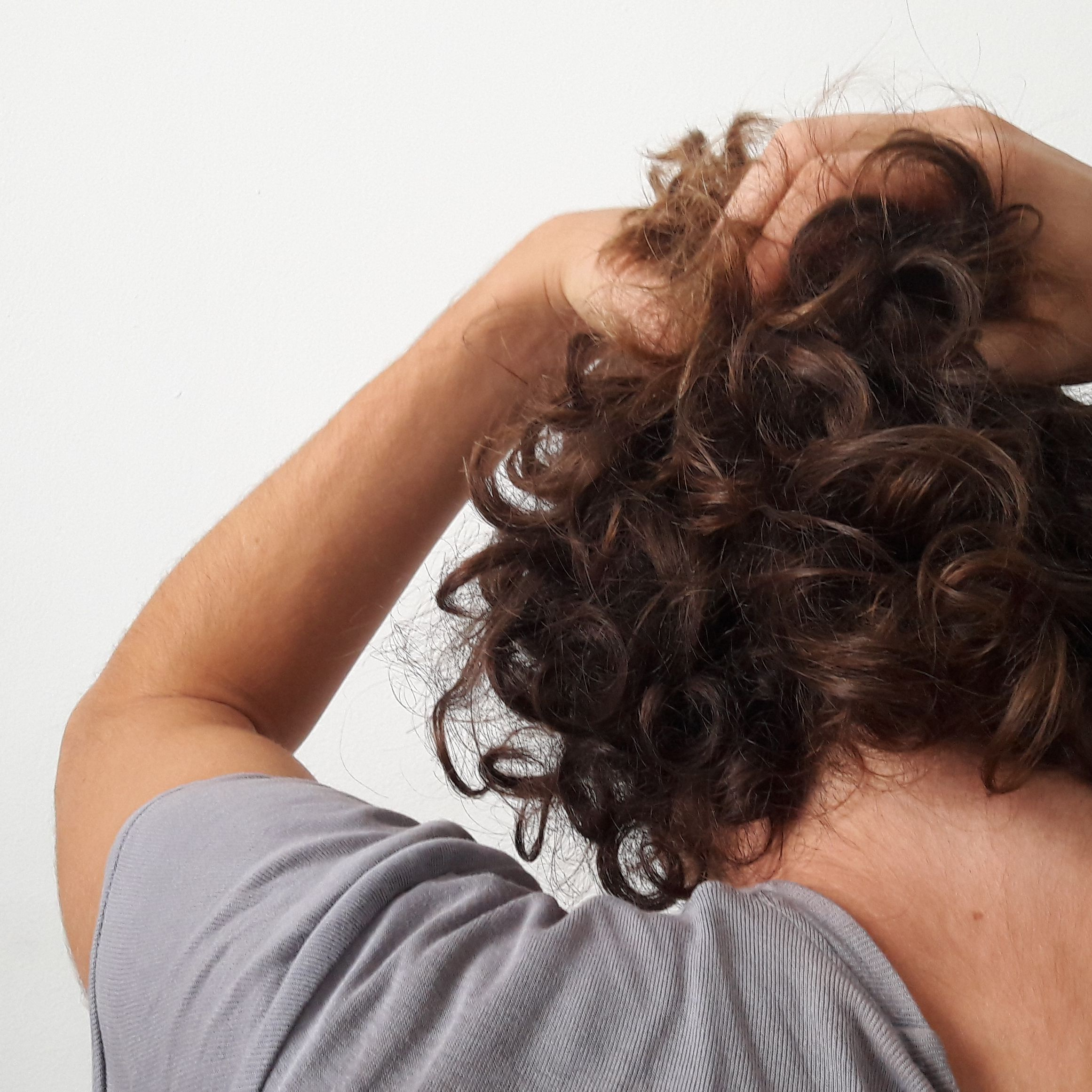 How To Style Thick Hair If You Re A Man Or Male Aligned