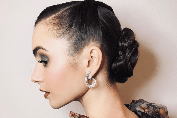 lily collins 50s twist hair