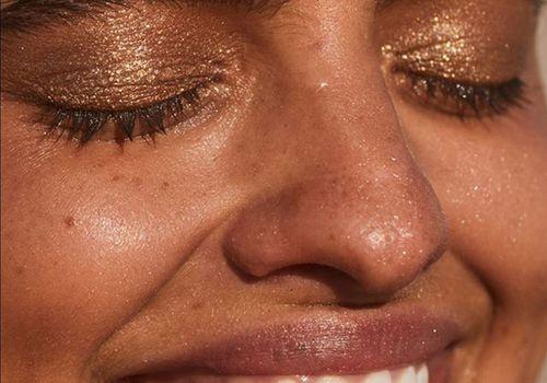 Nikki DeRoest Makeup Secrets