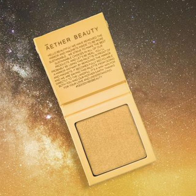 Āether Beauty Supernova Highlighter in Crushed Yellow Diamond