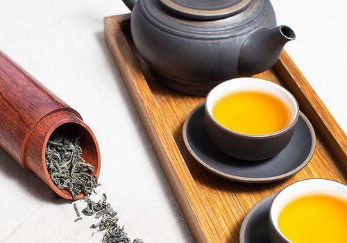 tea with tea leaves
