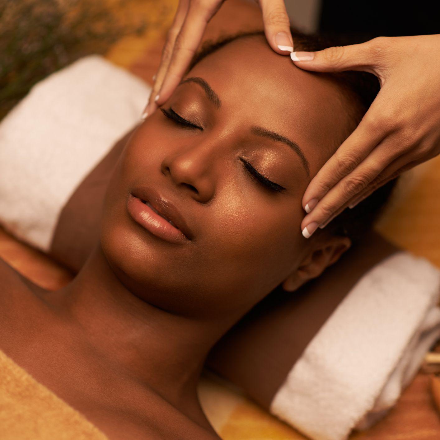 woman getting a scalp massage