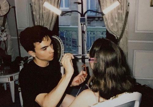 Sam Visser applying makeup