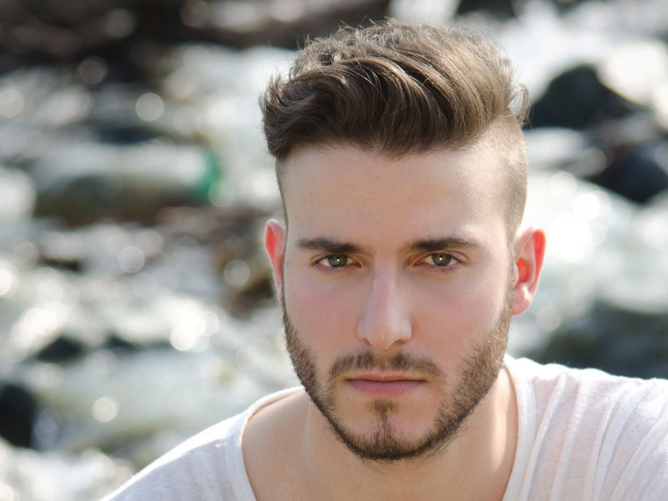 Men\'s Hair Trend: Short Sides, Disconnected Top