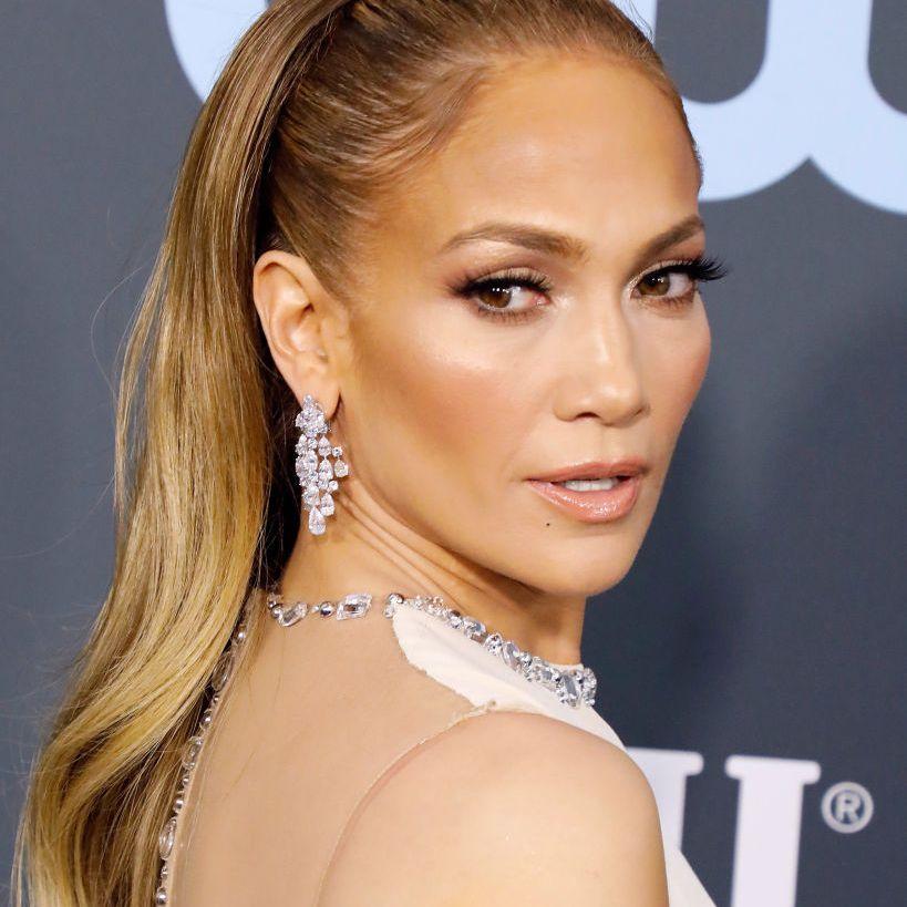 Jennifer Lopez long blonde hair with headband