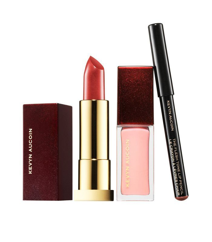 How to apply lipstick: Kevyn Aucoin The Expert Lip Kit The Minimalist