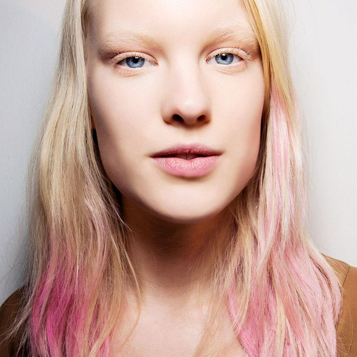 Blonde-haired woman with pink tips