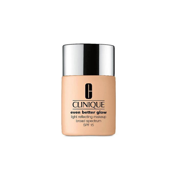 Clinique Even Better Glow Light Reflecting Makeup - makeup artist tips