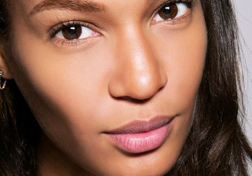 Joan Smalls close-up