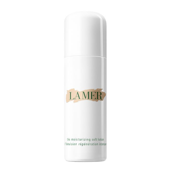 victoria beckham beauty routine: La Mer The Moisturizing Soft Lotion