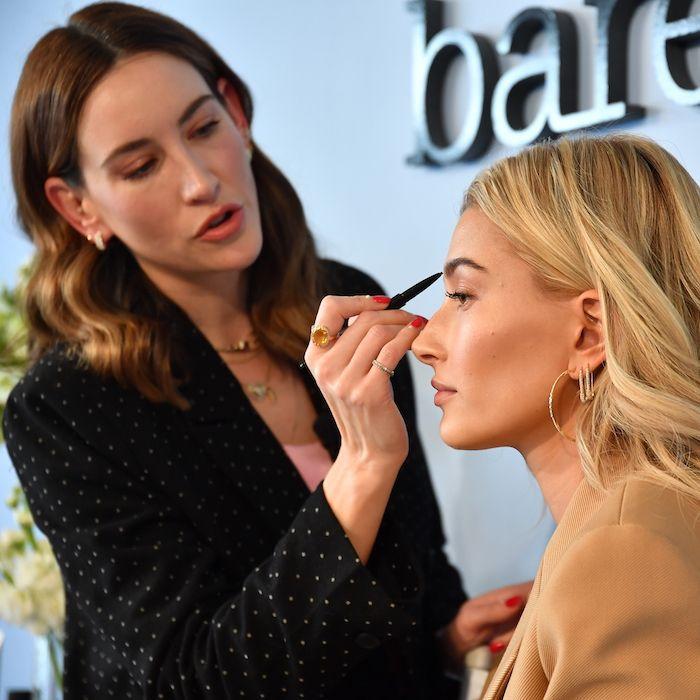 Hailey Baldwin Makeup Routine