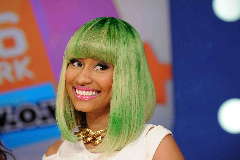 Nicki Minaj with green hair