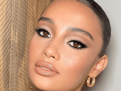 woman wearing black eyeshadow look