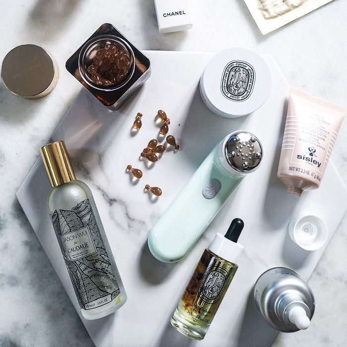 The british beauty line: Lucy Williams beauty flat lay
