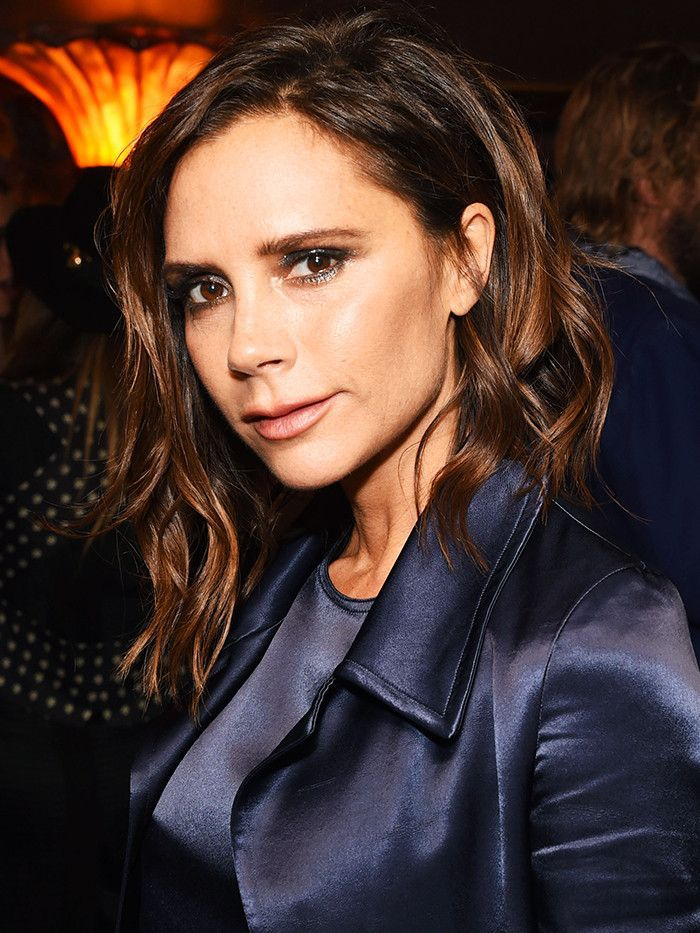 Mid-length hairstyles: Victoria Beckham
