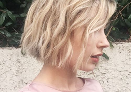 Hair Color Ideas for Short Hair - Blonde Bob