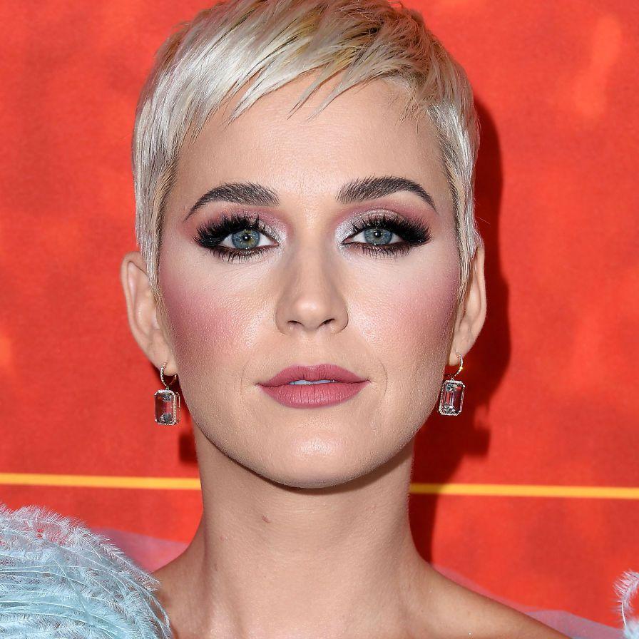 Katy Perry piecey platinum pixie
