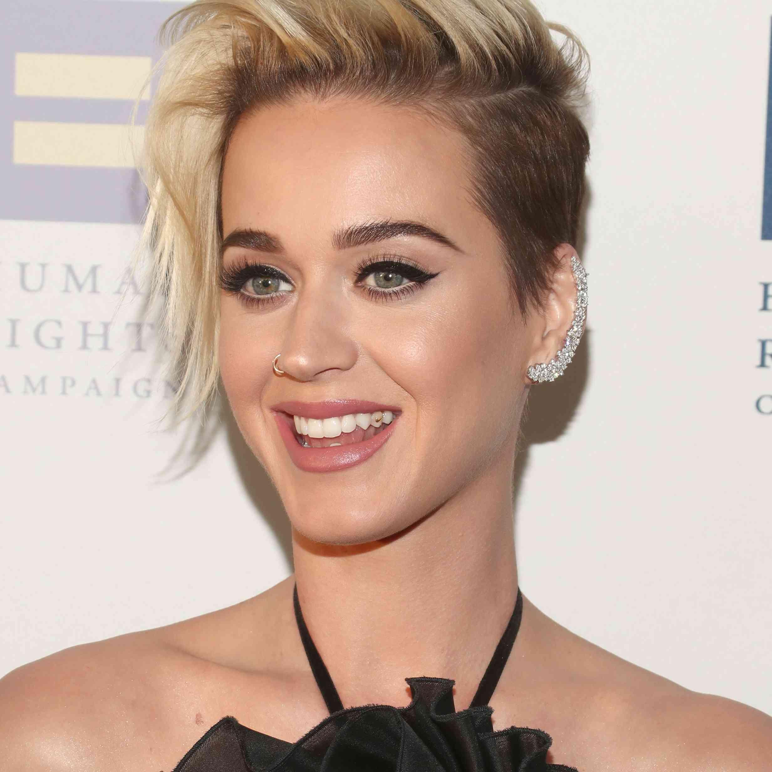 Katy Perry - Long Pixie Cut