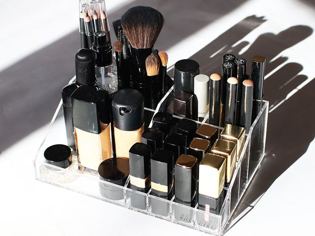 The 13 Best Makeup Organizers Of 2021