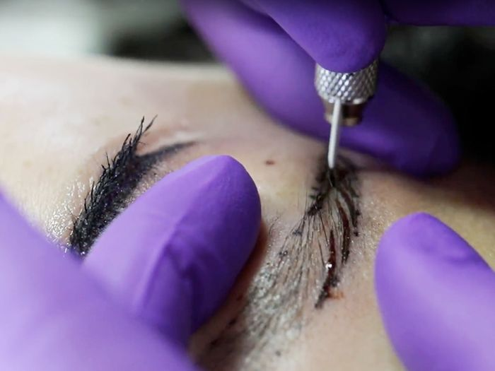 Microblading Your Eyebrows Is So Painful (We Have Proof)
