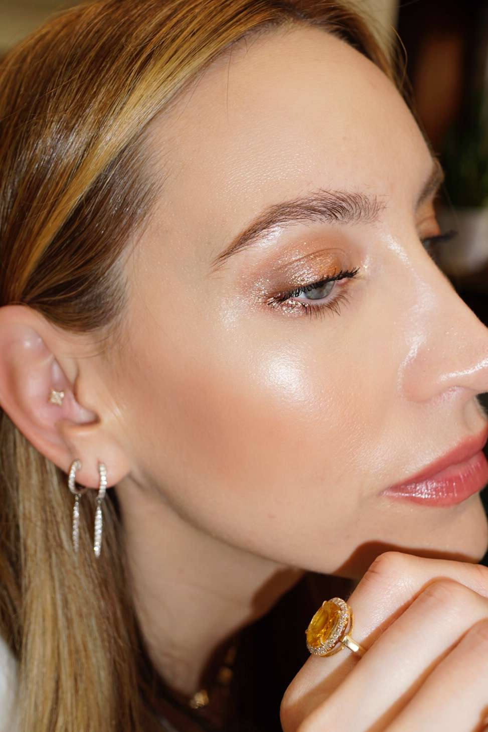7 Makeup Secrets From the Queen of Effortless L.A.-Girl Glow