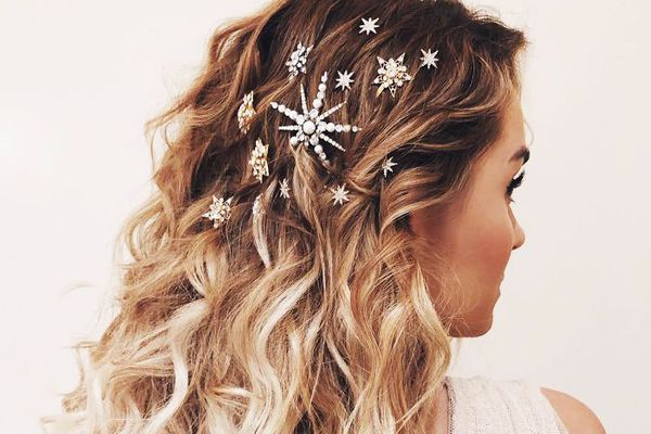 Christmas Hairstyles Easy.9 Christmas Hairstyles Sure To Earn You Compliments