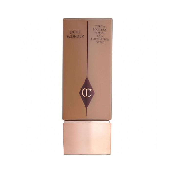 Charlotte Tilbury Light Wonder Youth-Boosting Foundation