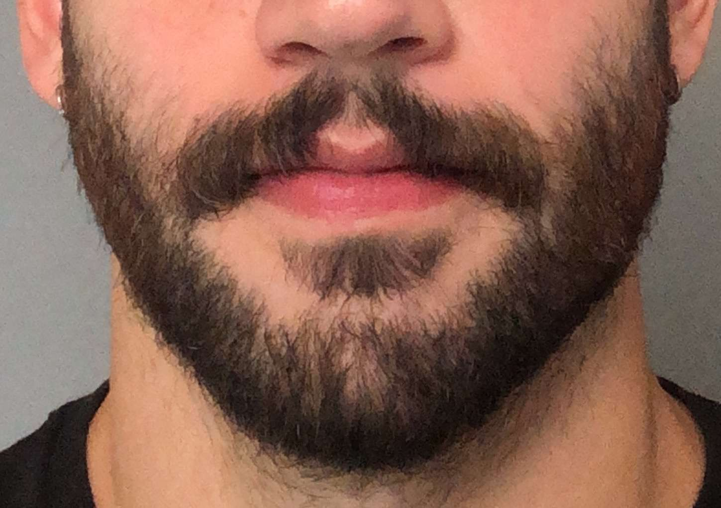 ideal mustache length for wax