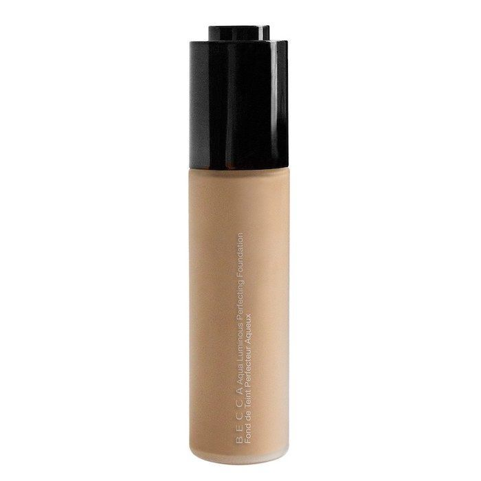 Aqua Luminous Perfecting Foundation Light 1 oz/ 30 mL