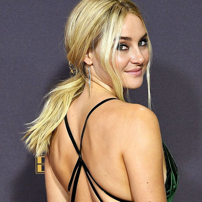 Shailene Woodley wearing her hair in a low, messy ponytail