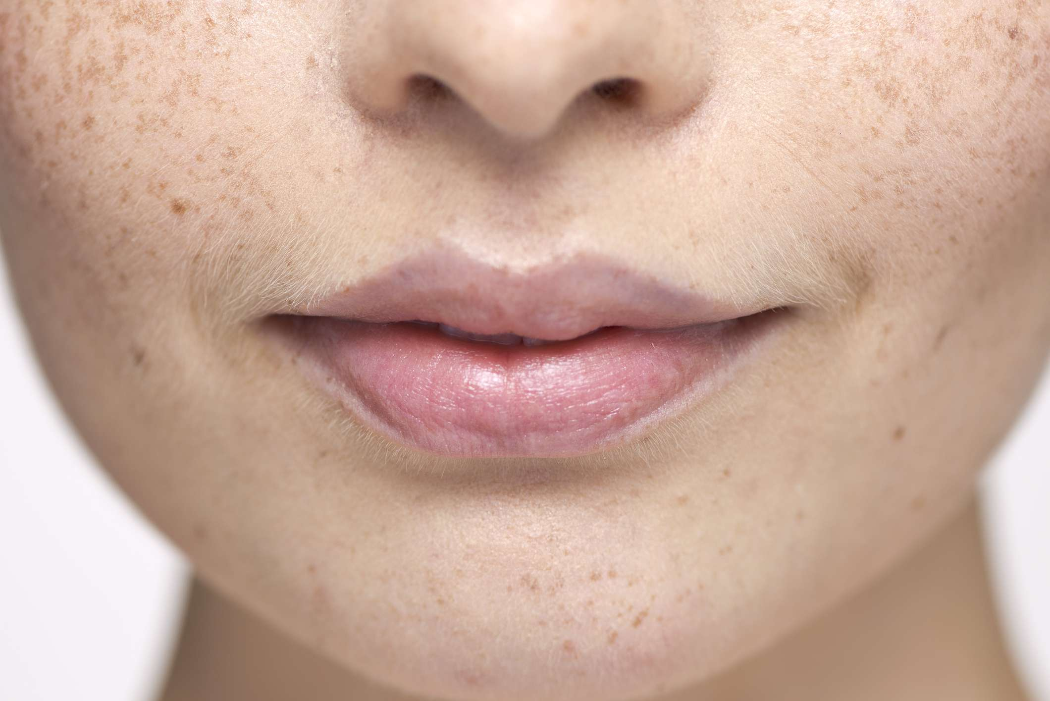 How to (Almost) Painlessly Wax Your Upper Lip