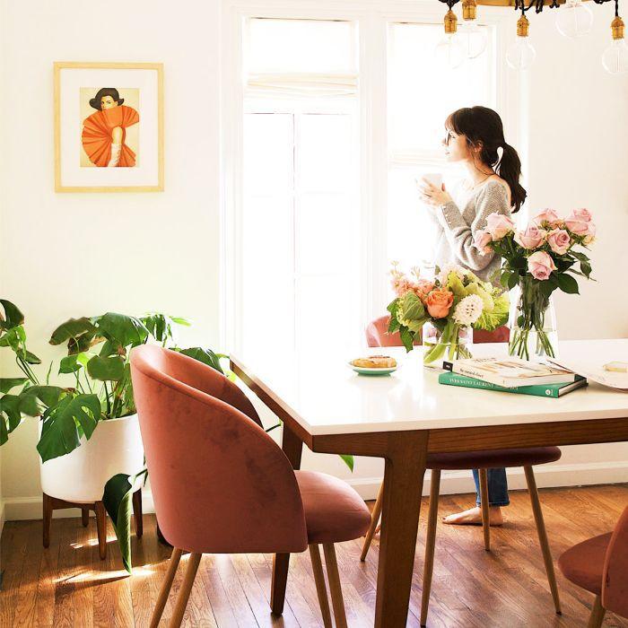 decluttering: woman in kitchen