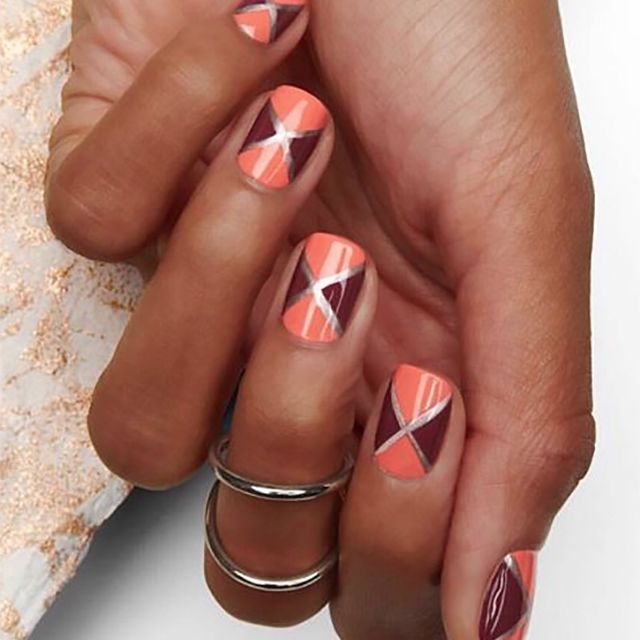 Abstract manicure