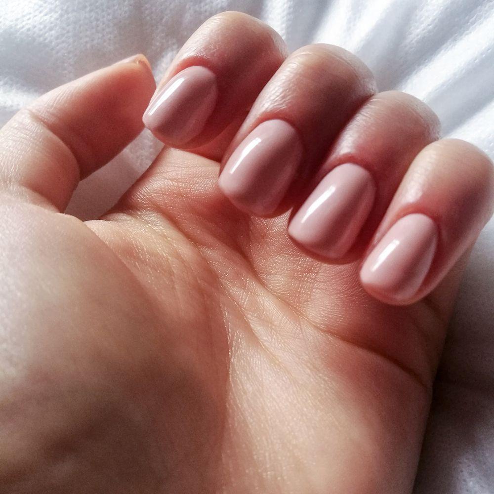 fresh pink manicure