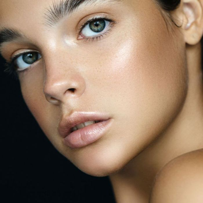 Tired of Constant Makeup Touch-Ups? Try Our 3-Step Trick