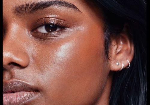 woman with longer eyelashes
